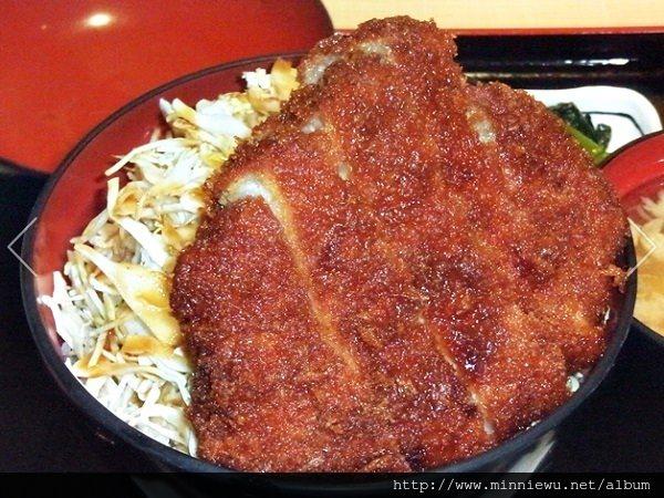 日本輕井澤王子Outlet美食~明治亭醬汁豬排蓋飯,美味推薦(附菜單)