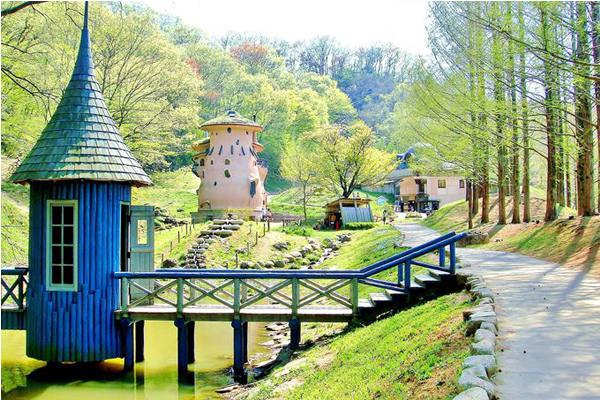 嚕嚕米兒童森林公園